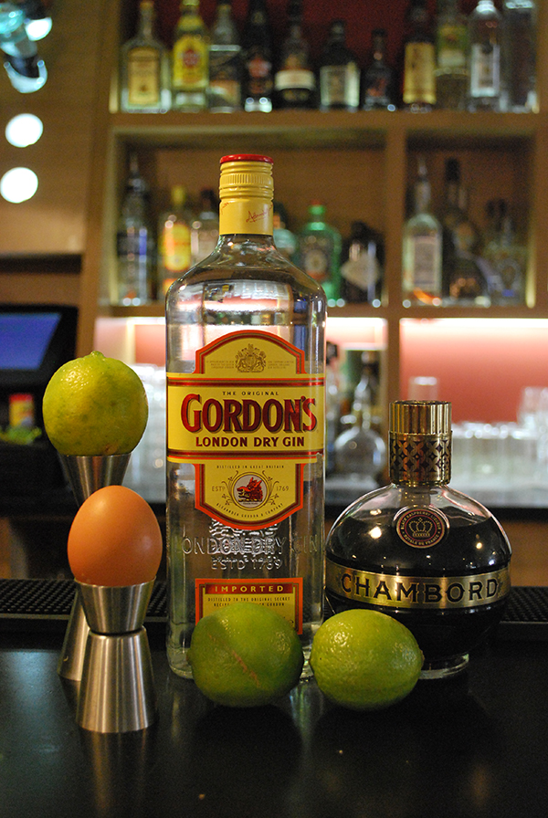 Le Ramona's Gin Fizz