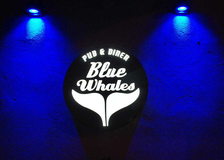 Le Blue Whales
