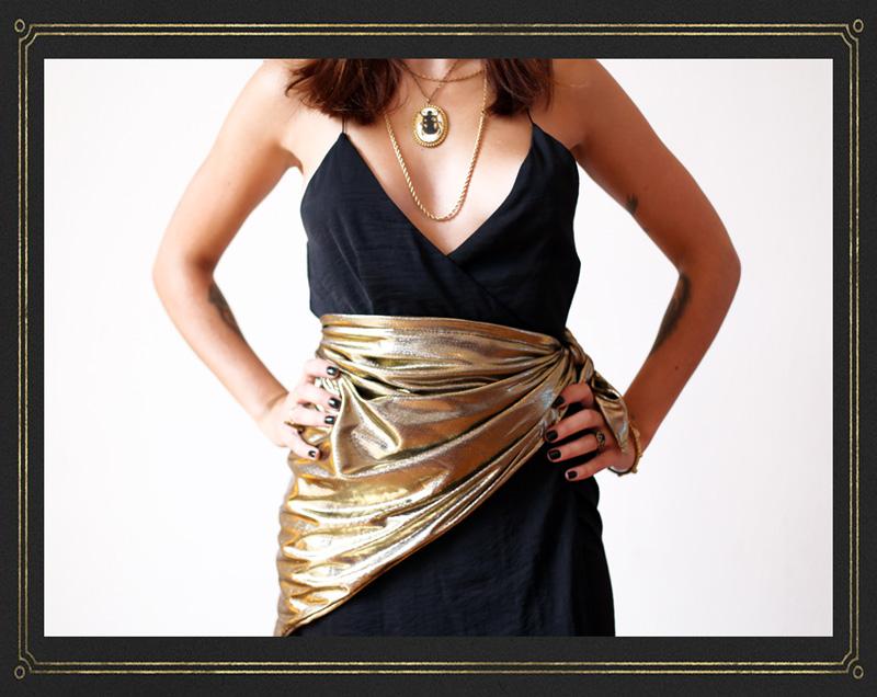 Headwrap Goldie en mode ceinture : classe et chic